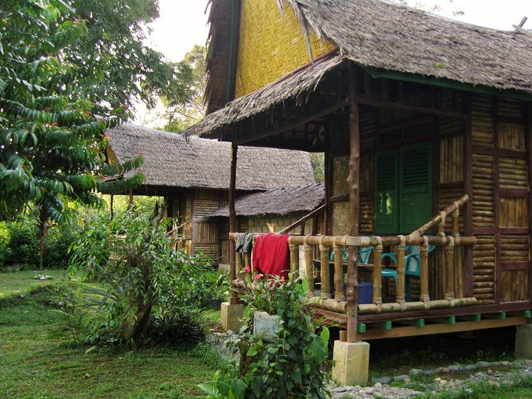 Mega Inn, bungalows