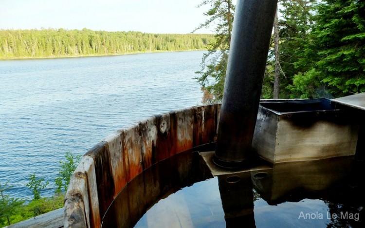 Falcon Resort, chalet au Canada, bain chaud