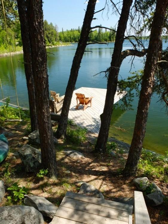 Falcon Resort, ponton, chalet au Canada