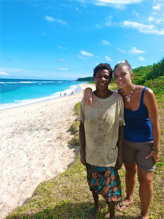 Avec Alice à la plage de Sulfur Bay, Vanuatu