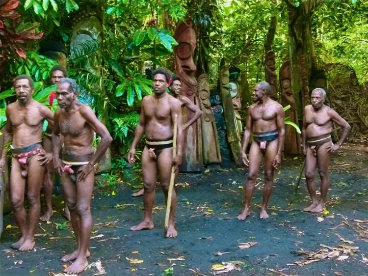 Hommes sorciers du village d'Olal, Ambrym, Vanuatu