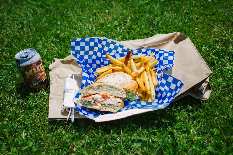 Burger au homard, road trip en Acadie, Nouveau Brunswick