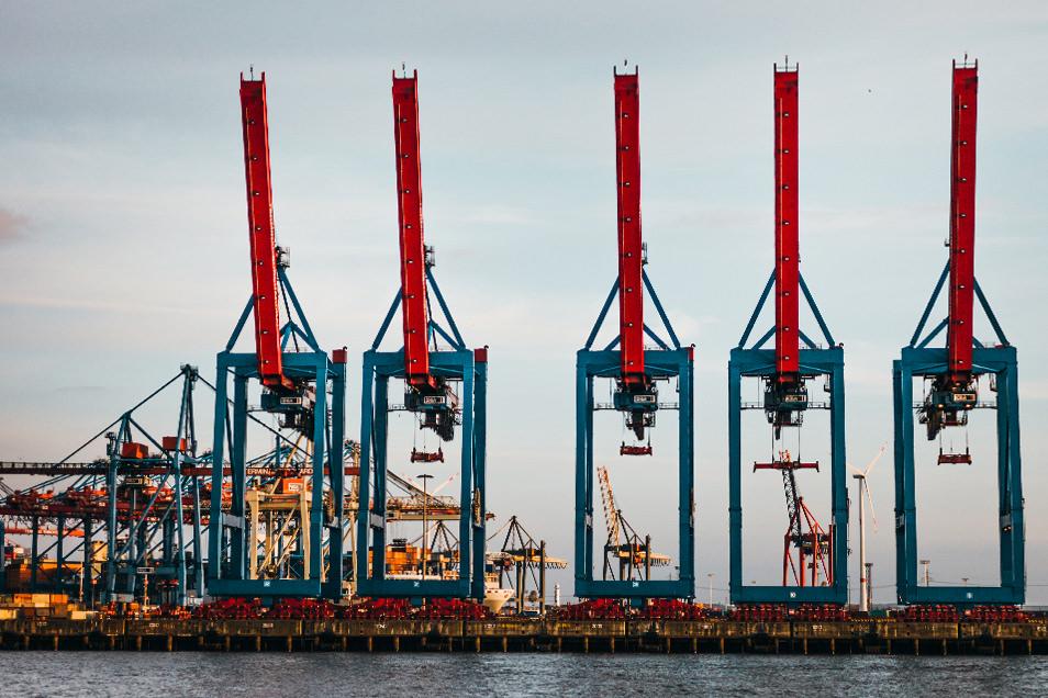 Visiter Hambourg : visite du port en bateau