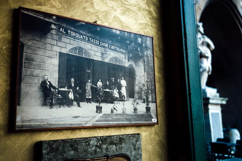 Visiter Bergame : Café de la Piazza Vecchia